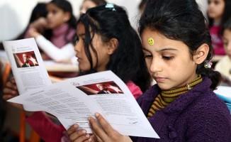 600 binin üzerinde Suriyeli öğrenci de karne alıyor