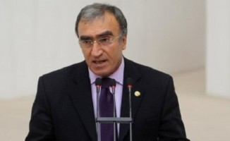 'Kariyerini FETÖ'yle sürdürmeye çalışanları Türk milleti silkeleyecek'
