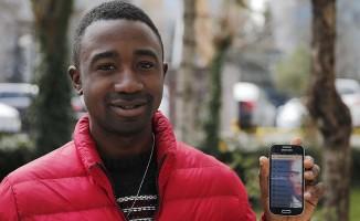 Kamerunlu öğrenciden akıllı telefonlar için 'Atatürk' uygulaması