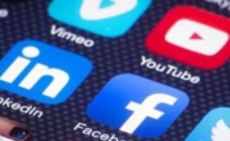 Öğrencilere bilinçli sosyal medya kullanma eğitimi