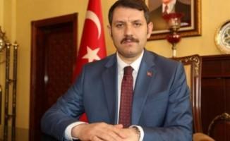 Sivas Valisi'ne oğlundan 'babacığım tatil yapsana' baskısı