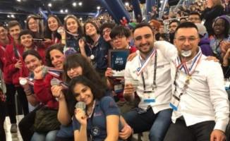 Darüşşafa Lisesi öğrencileri NASA'dan gururla döndü