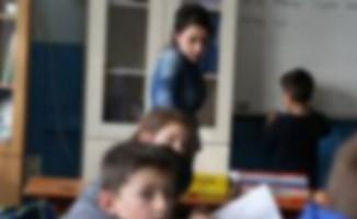 Öğretmenden öğrenciye 'sakız' şiddeti