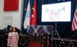 ABD Maarif Okulu öğrencileri 'Yetenek Show' gecesinde hünerlerini sergiledi