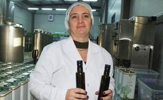 Kadın öğretmen fabrikatör oldu, ödüllü zeytinyağları üretti