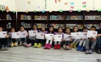 Aydın'daki 'ayakkabısız okulda' ilk karne heyecanı