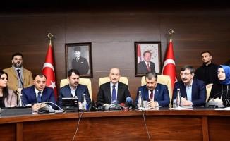 Bakan Soylu: Malatya'da 4, Elazığ'da 18 vatandaşımız hayatını kaybetti