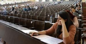 YGS ve sınavsız geçiş için 2 milyon 126 bin başvuru