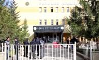 Bayburt'ta tutuklu 1 Meb personeli tahliye edildi
