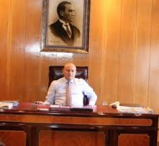 Trabzon Valisi Kızılcık: Patlamayı terör saldırısı olarak değerlendiriyoruz