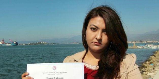 Türk Dili mezunu ama formasyon almadığı İçin öğretmen olamıyor