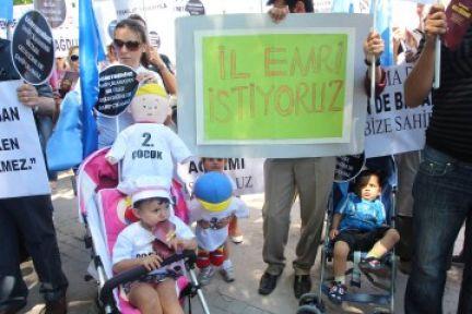 Türk Eğitim-Sen eş, sağlık ve öğrenim özrü mağdurları için eylem yaptı