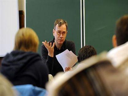 Ücretli Öğretmen Görevlendirme