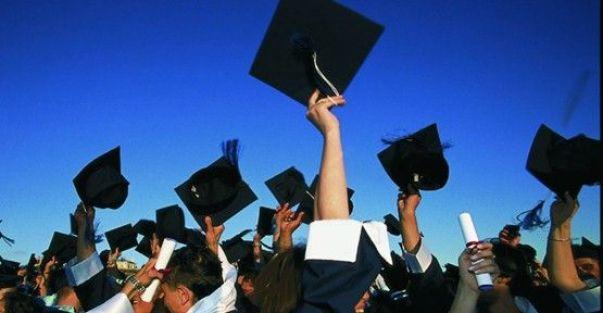 Yeniden açılan programlar öğretmenlikte puanları yükseltecek