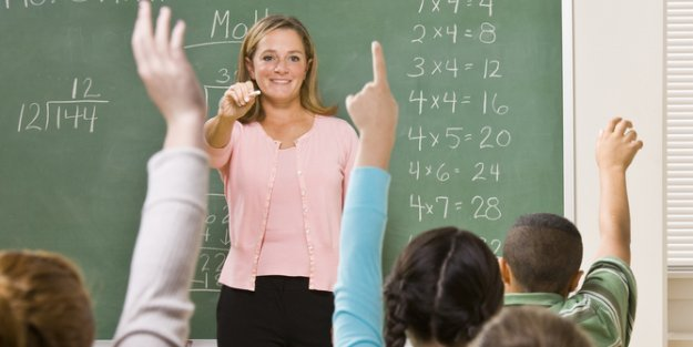 Yetiştirme kurslarında öğretmene maaş karşılığı görev verilemez