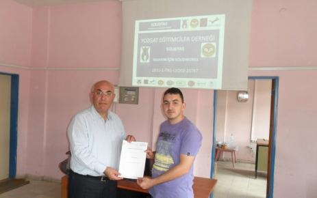 Yozgat Eğitimciler Derneği'nden liselilerin uluslararası başarısına sertifika